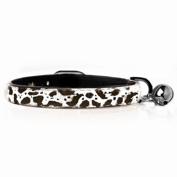 Milk & Pepper - Cat - Dalmatien collar